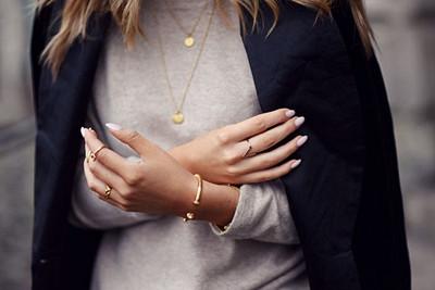 Minimalistiska smycken