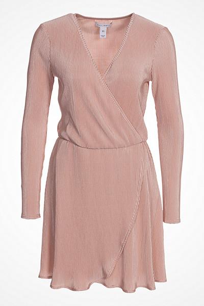 NLY Trend långärmad klänning