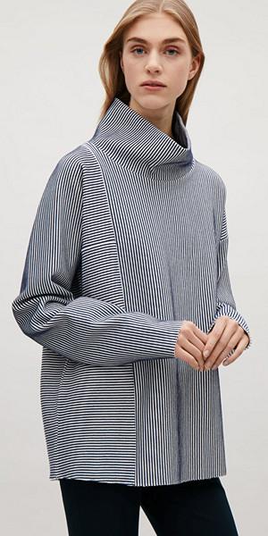 COS randig tröja med hög krage