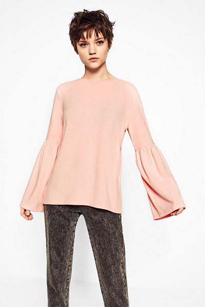 Zara ljusrosa tröja med volangärm