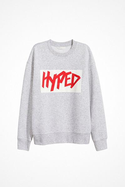 H&M ljusgrå sweatshirt med tryck