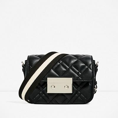 Zara svart miniaxelväska
