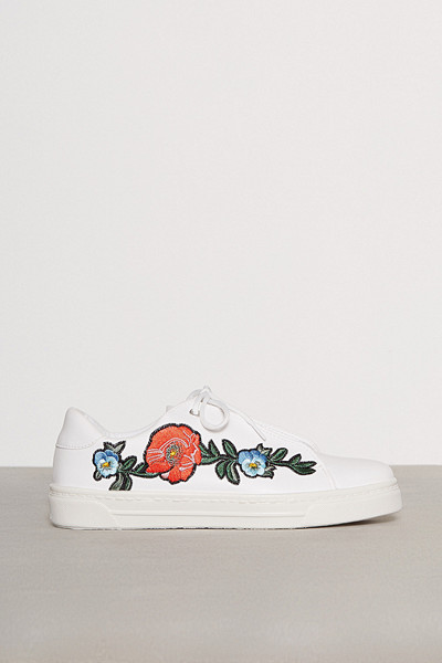 River Island sneakers med blombrodyr
