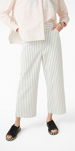 Monki vita randiga jeans 90-talsmodell