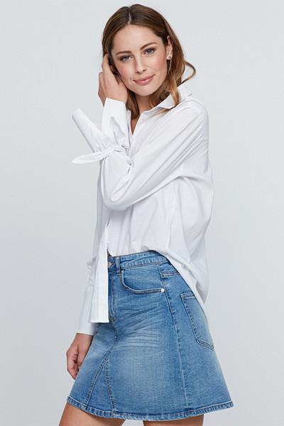Gina Tricot vit vävd skjorta med knytdetaljer på ärmen