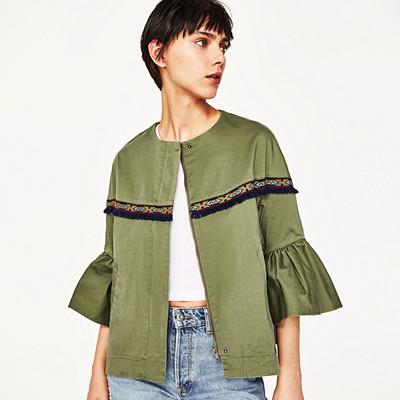 Zara jacka med volangärm