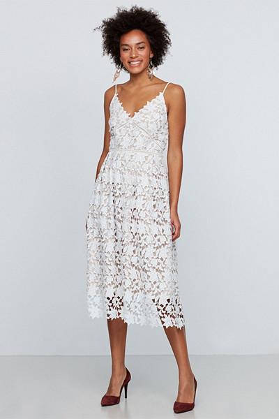 Gina Tricot vit spetsklänning med tunna justerbara axelband