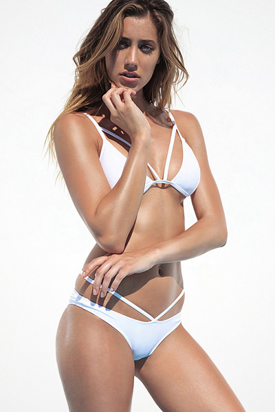 Chiquelle vit bikini