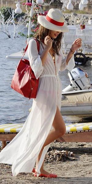 Inspiration kafkan och transparent klänning