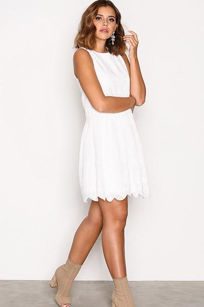 Nicole Loves Nelly vit klänning
