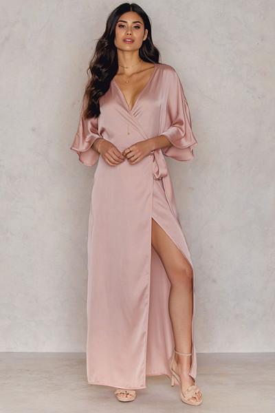 Hannalicious x NA-KD rosa maxiklänning (Kimono Mid Sleeve Maxi Dress)