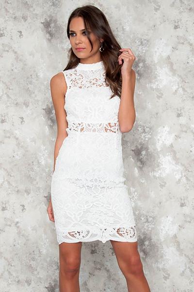 JFR vit spetsklänning