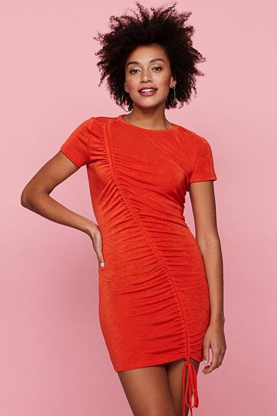 Gina Tricot röd klänning