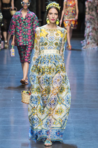 Dolce & Gabbana Spring/Summer 2016 Ready-To-Wear Collection