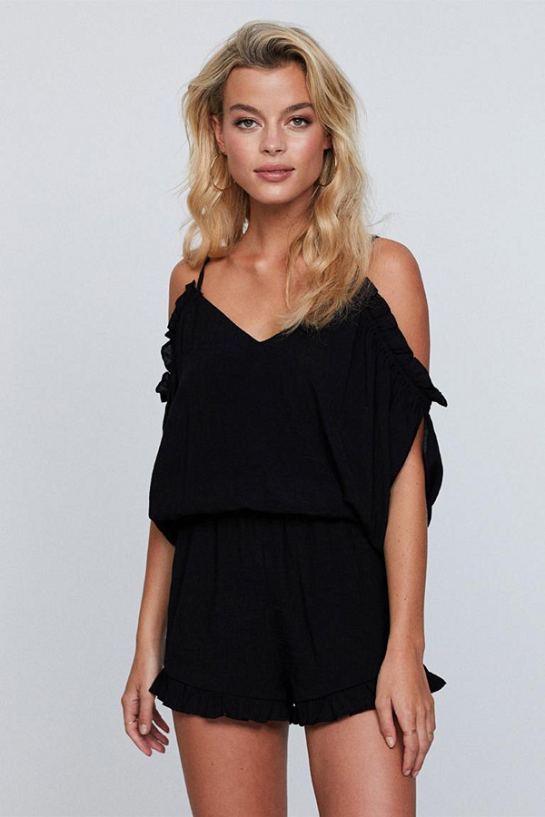 "Gina Tricot svart playsuit med ""cold shoulders"""