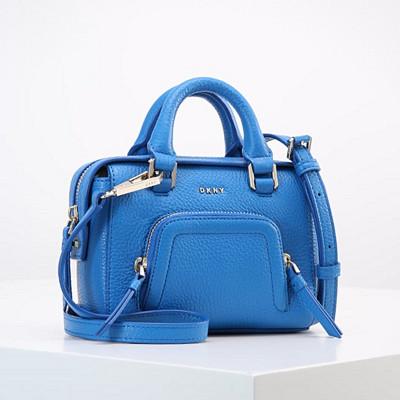 DKNY blå handväska