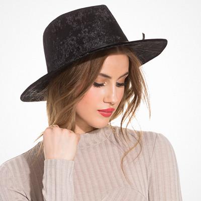 NLY Accessories hatt i sammet