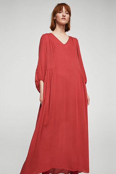Mango röd långklänning med rynkad trekvartsärm
