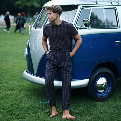 Monokrom outfit Andreas Wijk