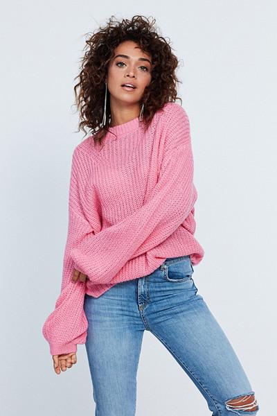 Gina Tricot rosa stickad tröja i oversize modell med ballongärmar