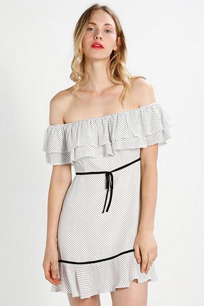 Fashion Union vit prickig klänning
