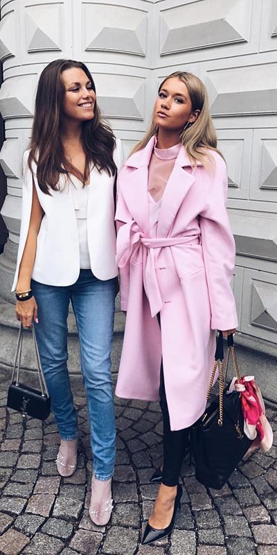 Vendela Svensson och Lovisa Barkman under Stockholm Fashion Week