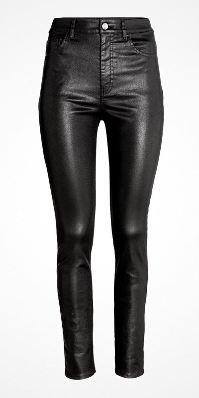 H&M svarta glansiga byxor