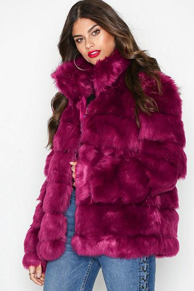 NLY Trend fuchsia-färgad jacka i fuskpäls