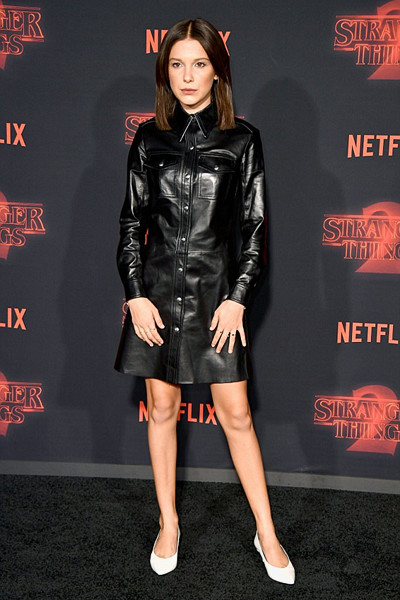 Millie Bobby Brown under premiären av Stranger Things 2