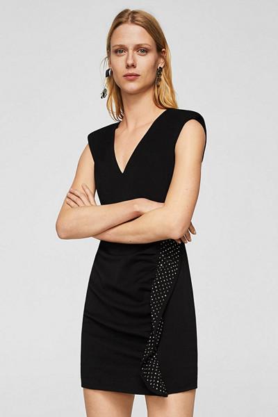 Mango kort svart klänning med strassdekoration