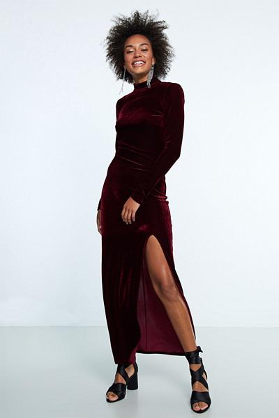Gina Tricot mörkröd långklänning i sammet
