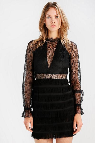Missguided svart spetsklänning