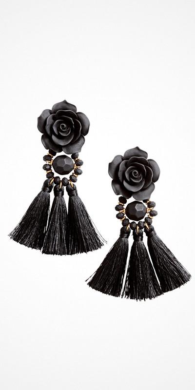 H&M svarta örhängen med tofsar