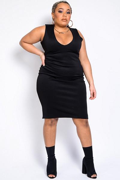 Madlady svart fodralklänning Ready To Werk
