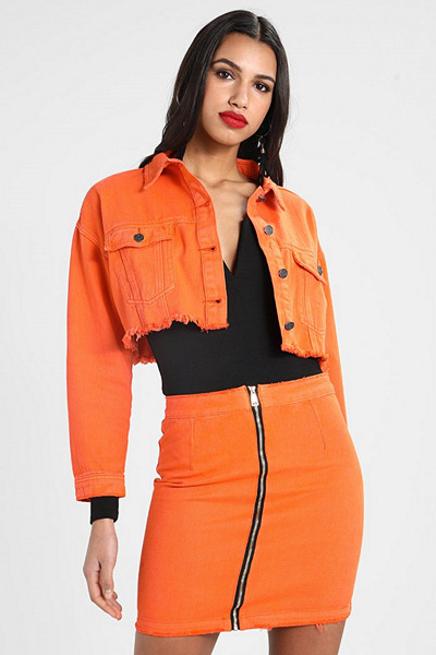 Missguided orange jeansjacka i croppad modell