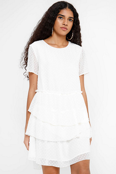 Envii vit klänning med volanger
