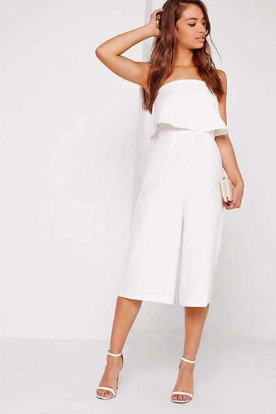 Missguided vit jumpsuit i culotte-modell