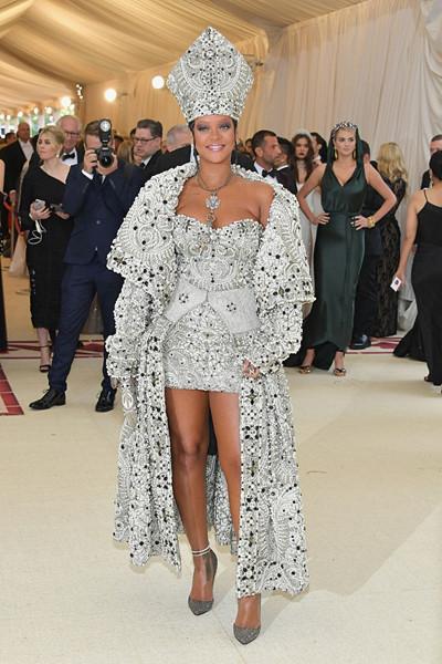 Rihanna i Margiela-outfit på The Met Gala 2018