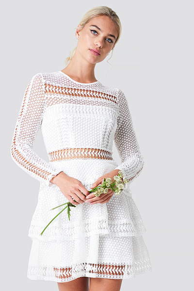 Linn Ahlborg x NA-KD vit klänning