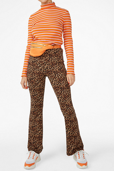 Monki leopardmönstrade utsvängda leggings
