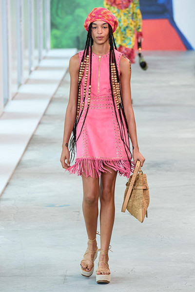 Michael Kors Out of Office-trend
