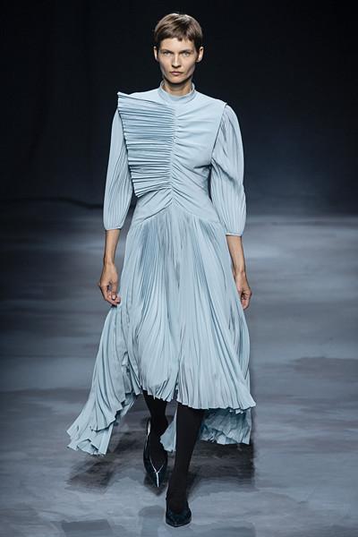 Plisserat från Givenchy