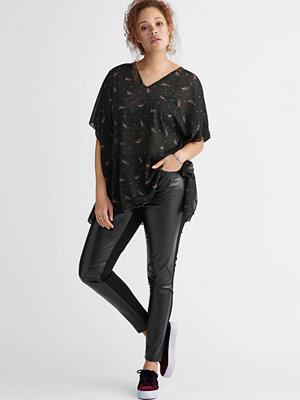 Ellos svarta byxor Byxa med läderlook