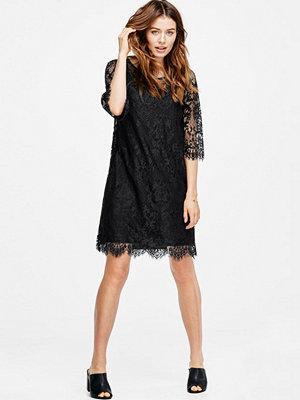 Ellos Spetsklänning med 3/4-lång ärm