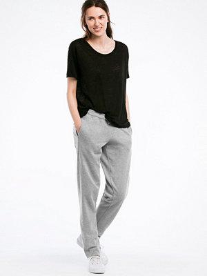 Ellos ljusgrå byxor Sweatshirtbyxa med avsmalnande ben