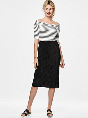 More Than Basic Kjol The plissé tube skirt
