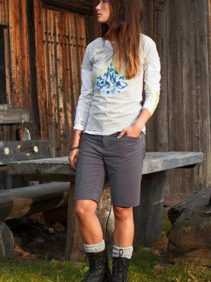 Sportkläder - áhkká Trekkingshorts Dygne W Short