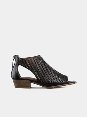 Tamaris Sandaletter med hålmönster