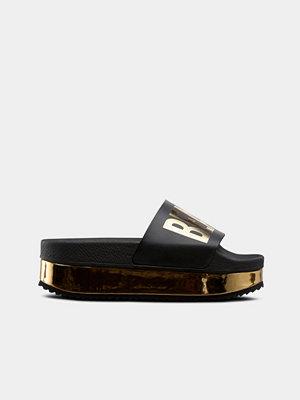 Sandaler & sandaletter - The White Brand Slippers High Beach please