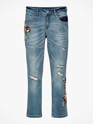 Cream Jeans Flower
